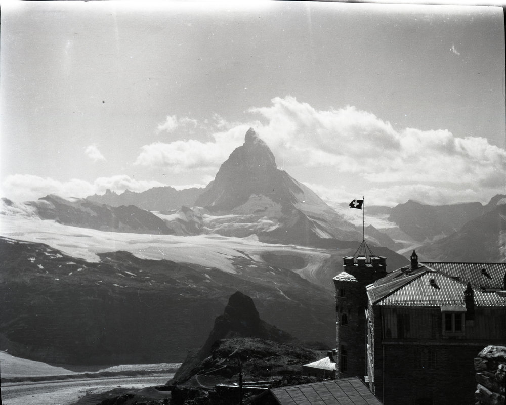 A view of the Matterhorn from the Kulmhotel Gornergrat prior to observatories being installed.