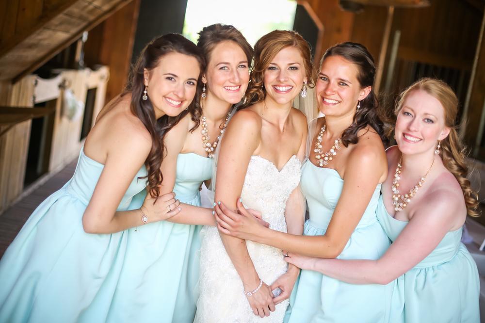 charleston wedding photography bride bridesmaids.jpg