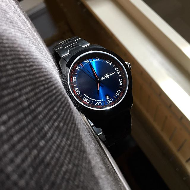 Not for everybody... daring elegance is for the happy few!  __________________________________________ #yourtime #watchporn #wristporn #wristwatch #watchoftheday #gentleman #watchuseek #design #daring #watchesofinstagram #watchanish #swissmade #singer #dare #watches #thewatchest #womw #watchdaily #music #24hours #dapper #luxury #elegance #watchaddict