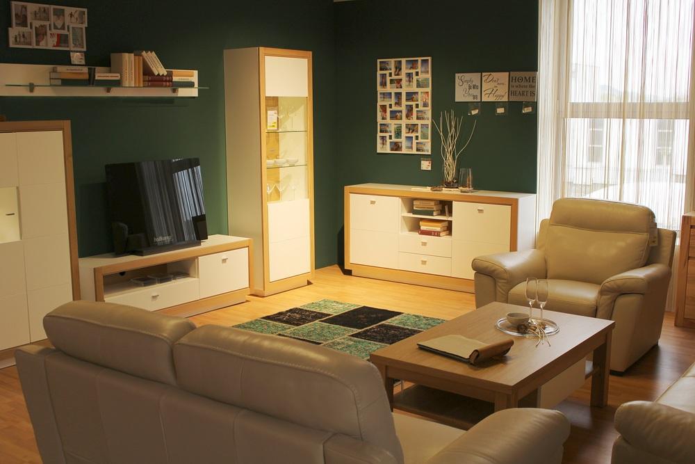 living-room-728736.jpg