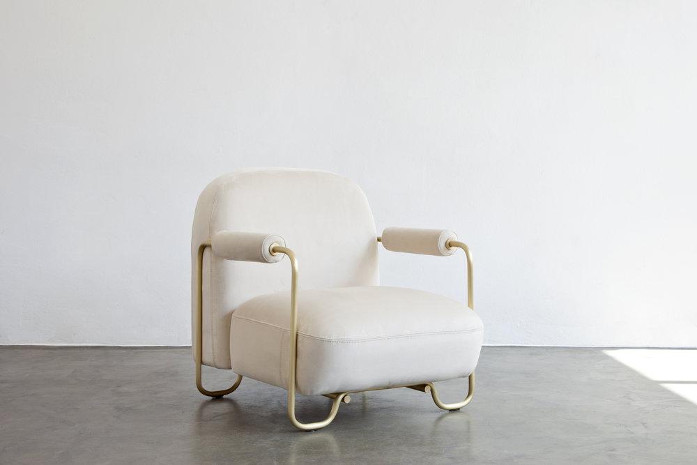 MI // Armchair