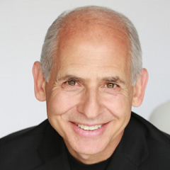 Dr. Daniel Amen, MD, Integrative Psychiatrist, Brain Imaging Expert, Director of the Amen Clinics, and Author of Change Your Brain, Change Your Life