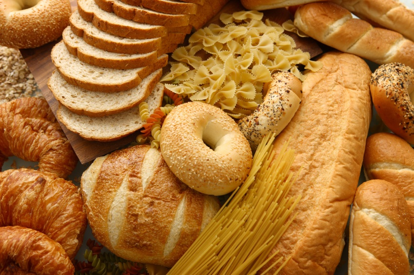 Picture of bread and bagels, which are full of gluten and worsen thyroid function.