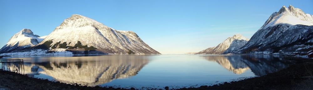ノルウェーの奥深いフィヨルド