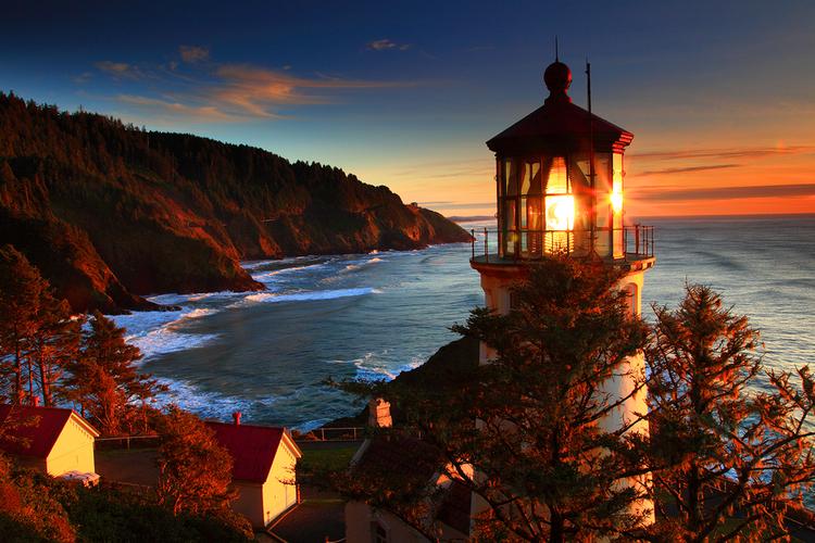 Heceta Head Lighthouse B&B.jpg