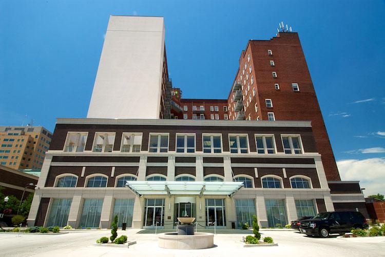 Hotel Blackhawk