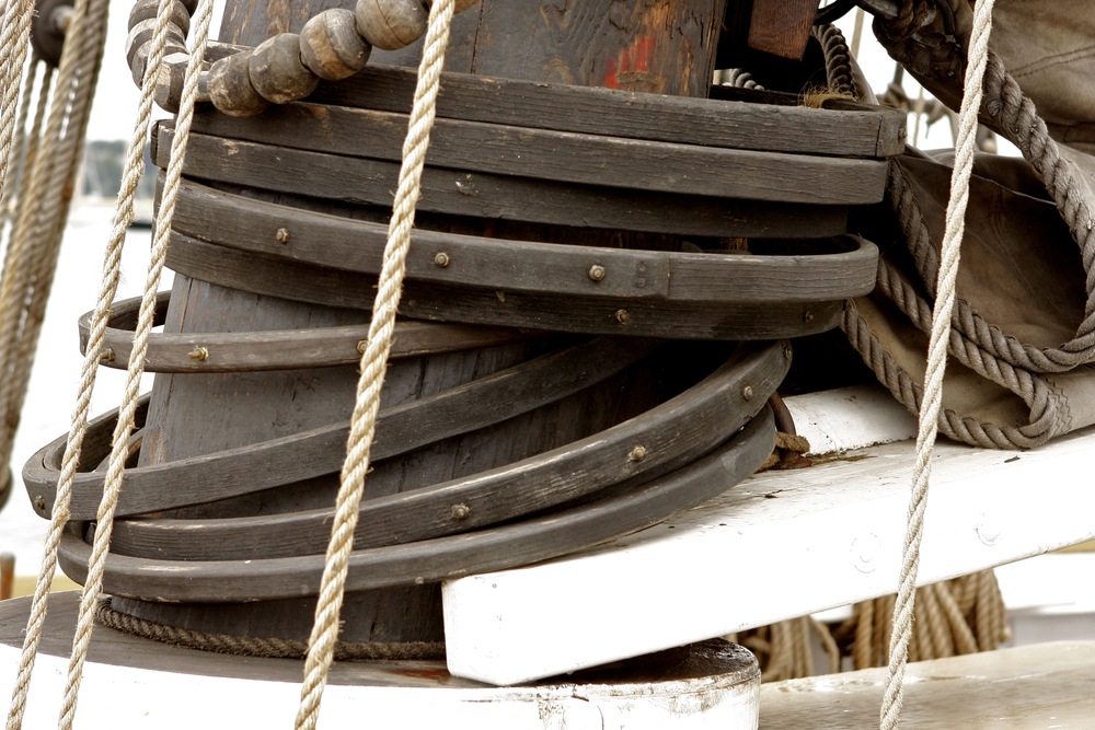 SHENANDOAH - rigging adheres to 19th century practices