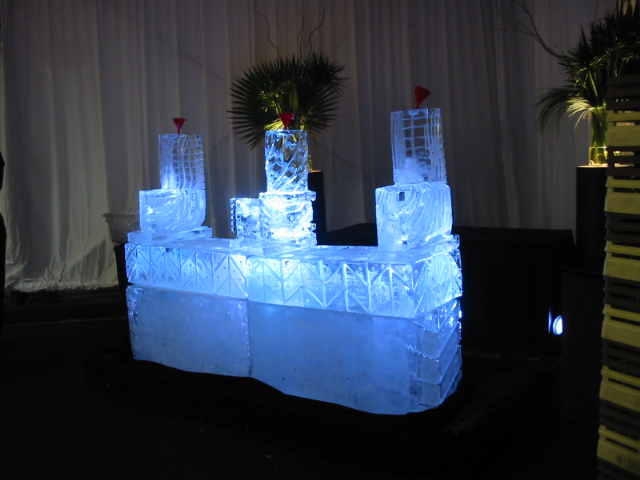 Three Luge Ice Bar SP-B.JPG