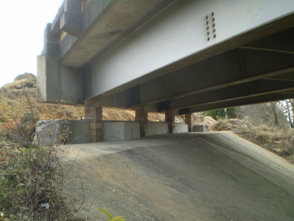 bridgeJacking.JPG