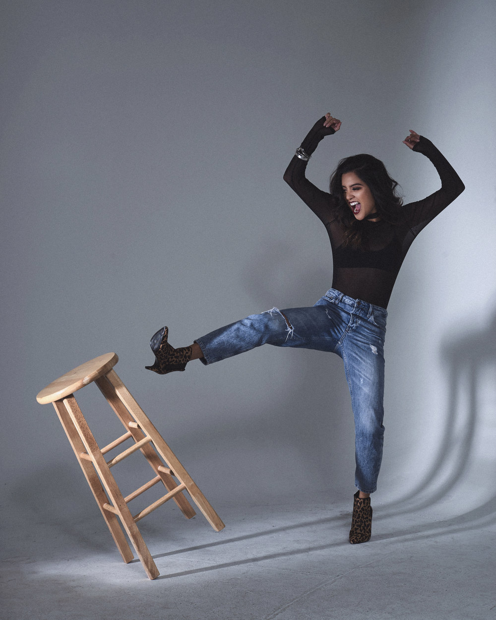 mg bodysuit | choker | fp bralette | topshop jeans (s.)| zara shoes (s.) | HMU janah degillo|photos by sean martin