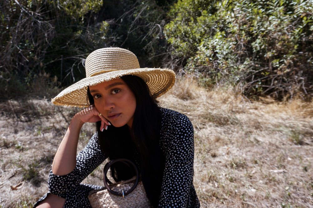isabella oliver dress  |  zara bag  |  target hat  |  h&m slides  |  adina's jewels necklace  |  photos shot by michael alvarado