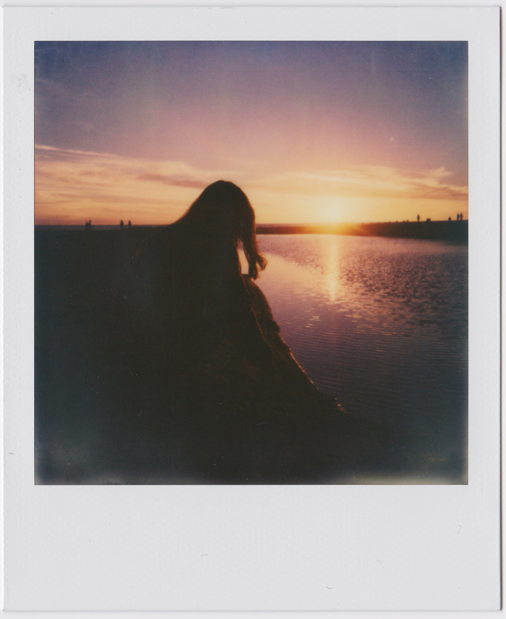 whoiscx_christina_choi_photography_polaroid_film_1.jpg