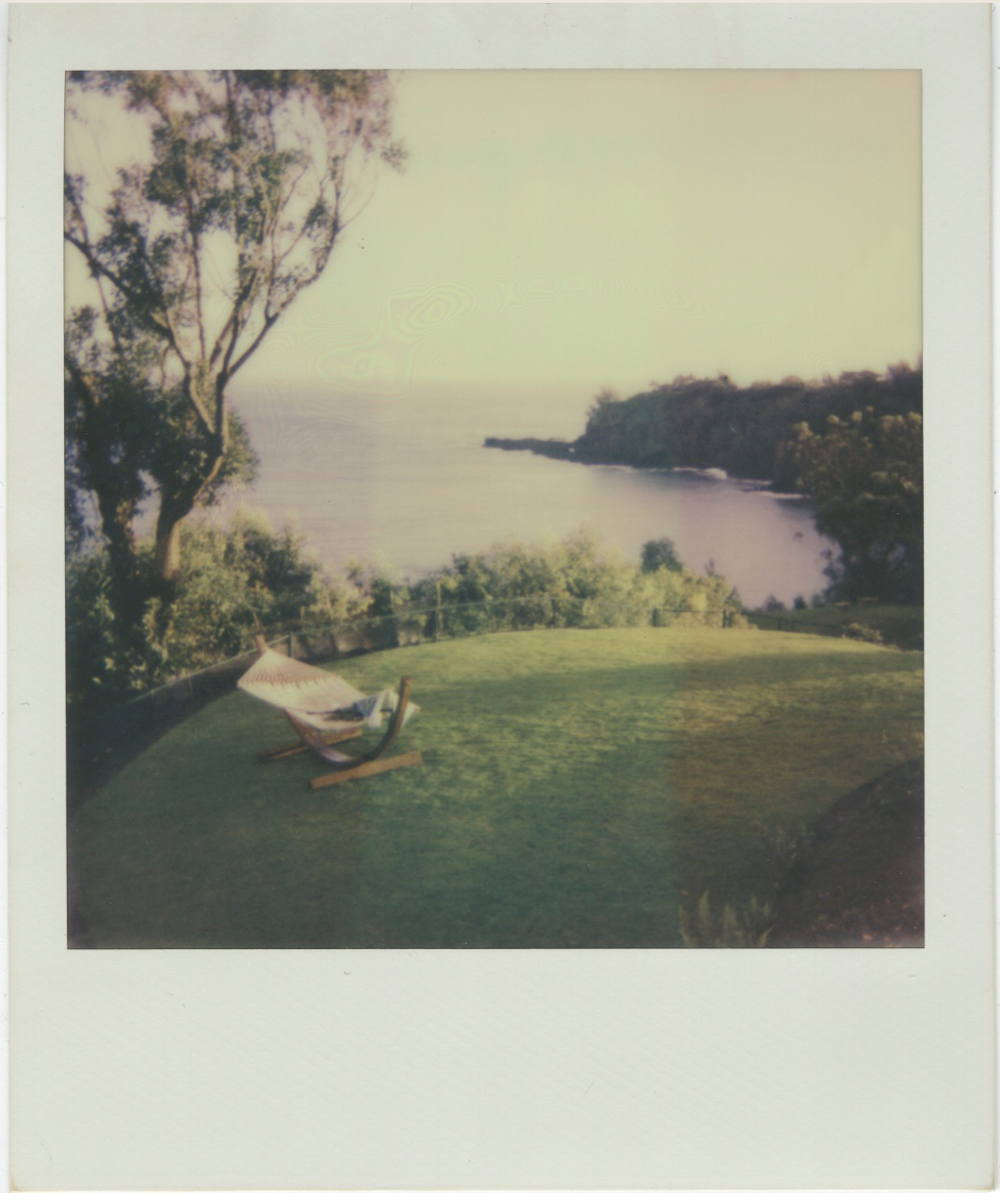 whoiscx_christina_choi_photography_polaroid_film_7.jpg