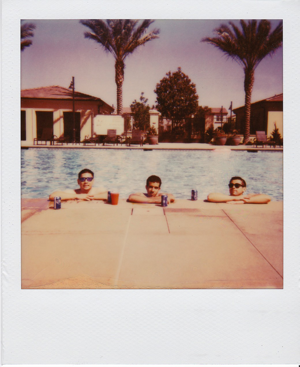 whoiscx_christina_choi_photography_polaroid_film_6.jpg
