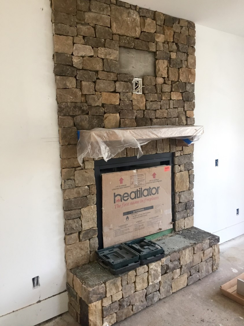 Fireplace_Ledgestone.jpg