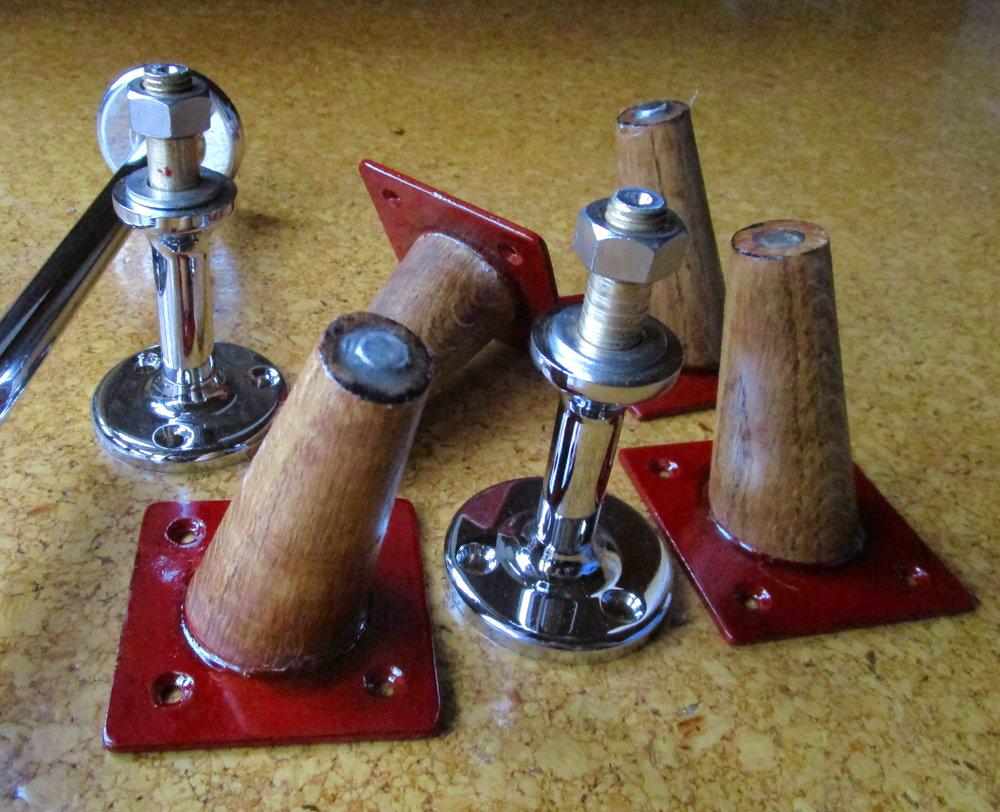 Desk hardware  1040 steel leg, turned brass foot, chrome plated  Turned brass chrome plated desktop support pillars, turned oak, steel reinforced splayed cabinet legs