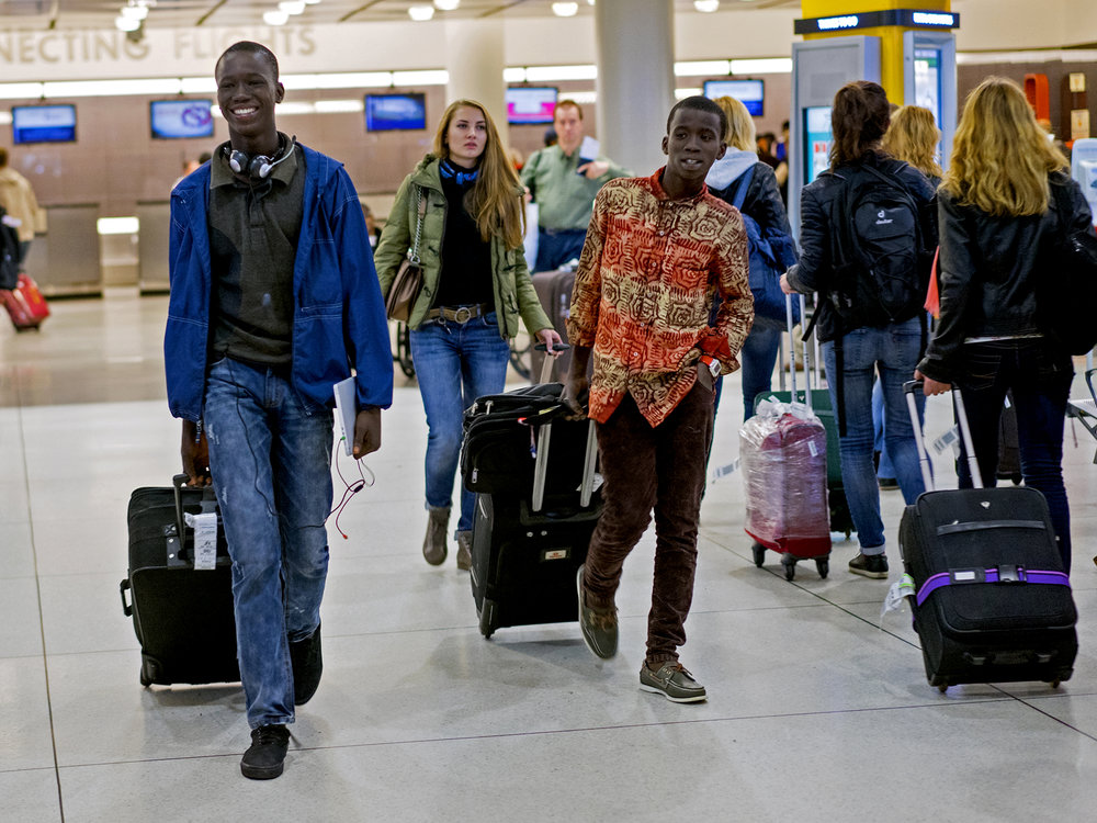 http://www.thetimesinplainenglish.com/wp/wp-content/uploads/2015/04/African-immigrants.jpg