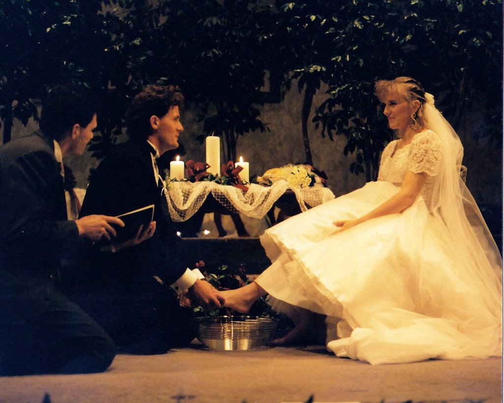 Exchanging vows while washing each others feet