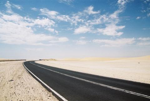 road-sanddunes.jpg