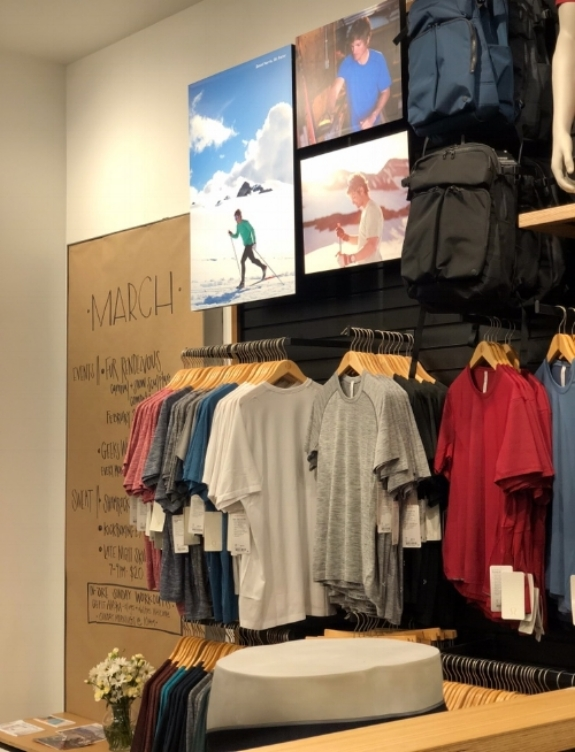 image via: @chiclyclayton at lululemon Anchorage