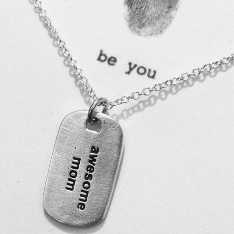 b.u. jewelry 'awesome mom' mini dog tag necklace $41 - www.wilcolife.co