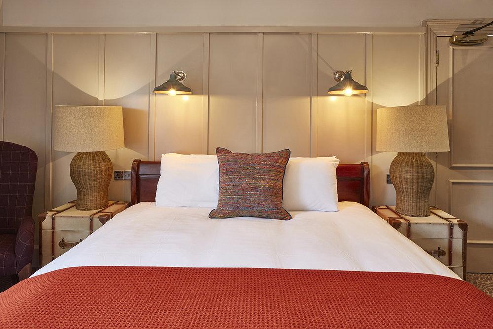 hotel photography interior photography bar restaurant food drink inn greene king au decor location 4.jpg