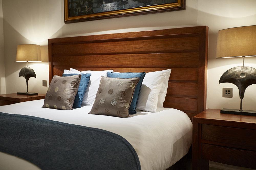 royal horseguards london hotel photography interior exterior bedroom decor room 560.jpg