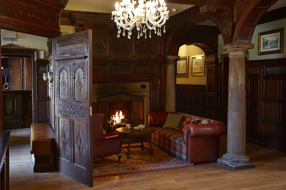 rothley court photography interior photography property photography old english inns oei greene king bedroom exterior seating fireplace.jpg