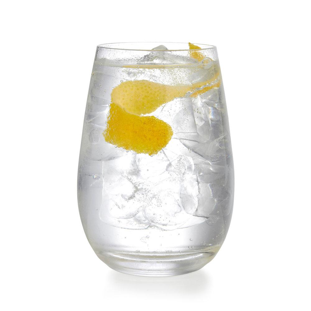 Gin&tonic-conkergin-grapefruit-zest.jpg