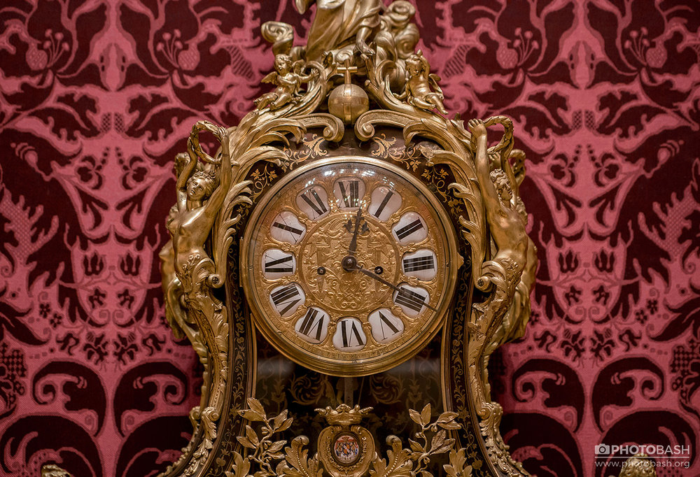 Regal-Ornaments-Victorian-Golden-Clock.jpg