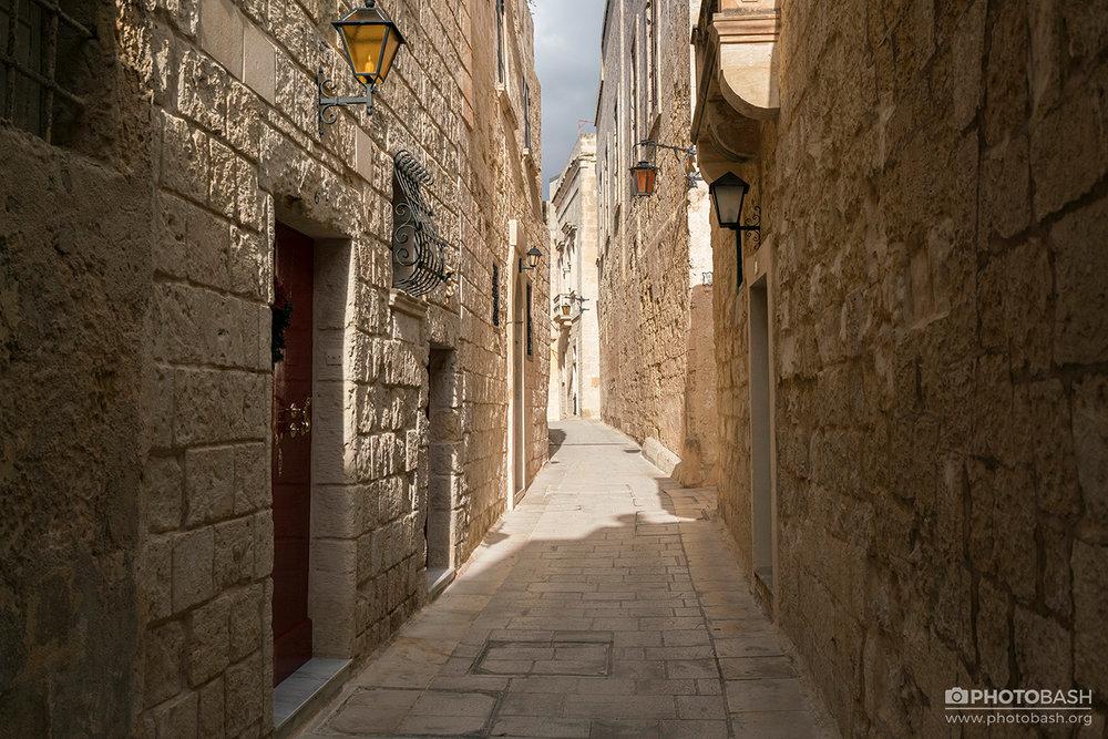Sandstone-City-Warm-Alley.jpg
