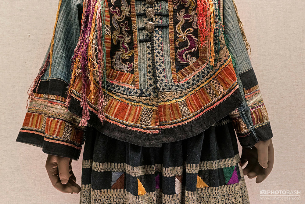 Tibetan-Costumes-Tribal-Robes.jpg