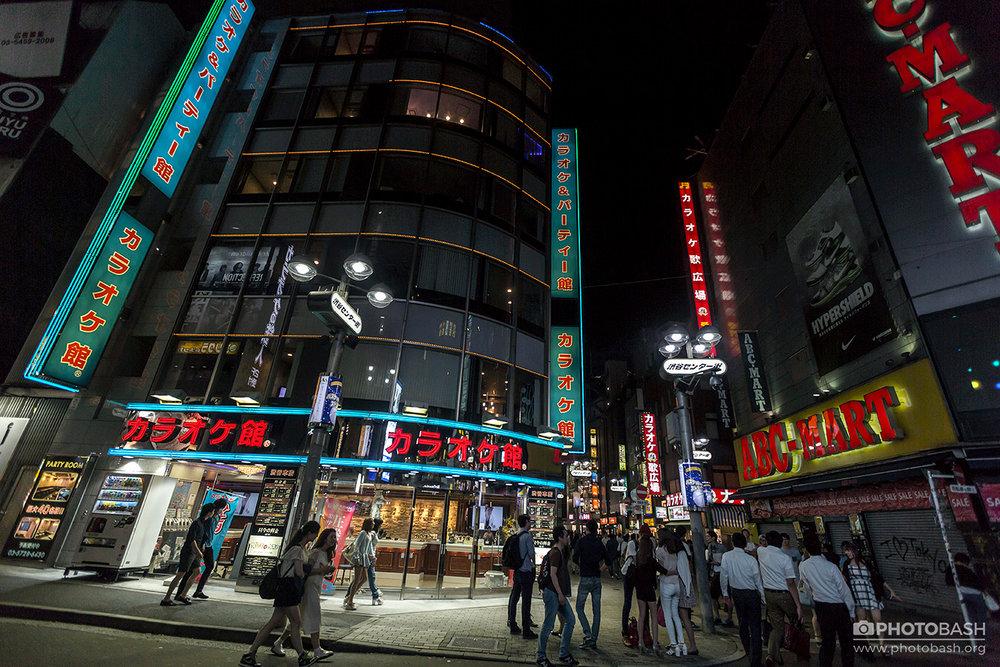 Tokyo-Cyberpunk-Night-Streets.jpg