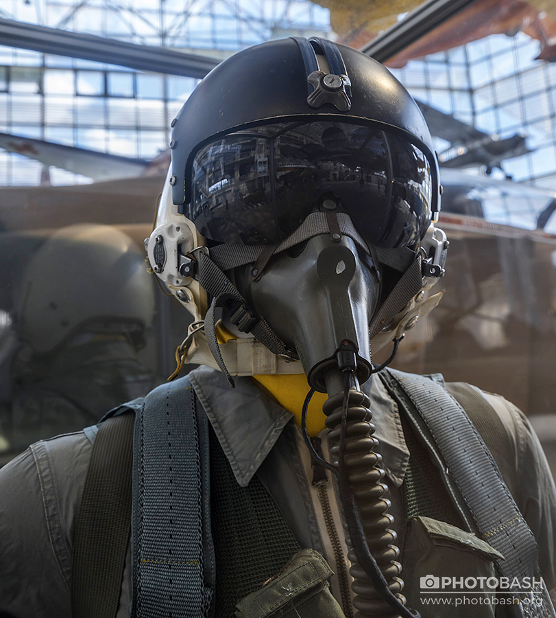 Fighter-Pilot-Helmet-Reference.jpg