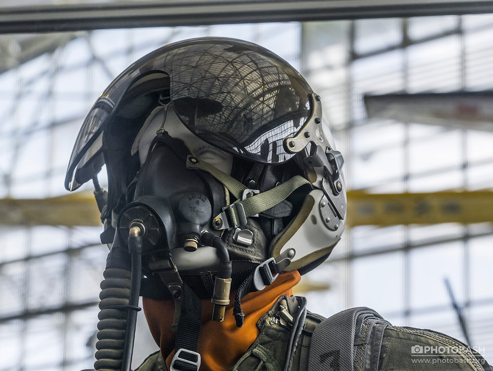 Fighter-Pilot-Scifi-Helmet.jpg