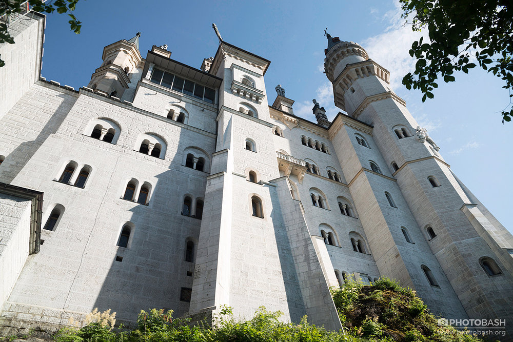 Neuschwanstein-Castle-Fantasy-Architecture.jpg