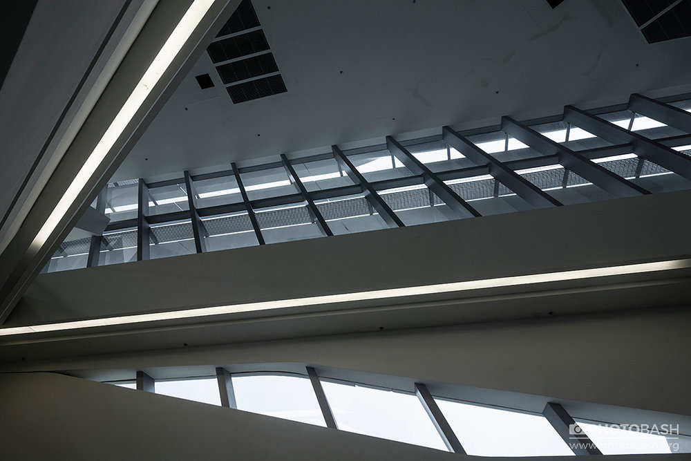Futuristic-Interior-Calatrava.jpg