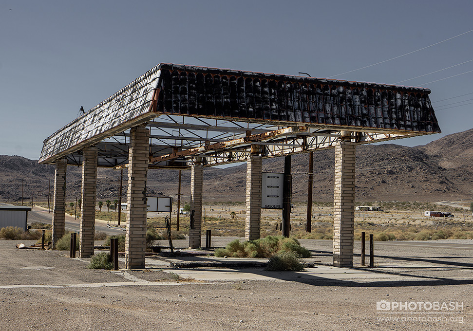 Fallout-Town-Abandoned-Gas-Station.jpg
