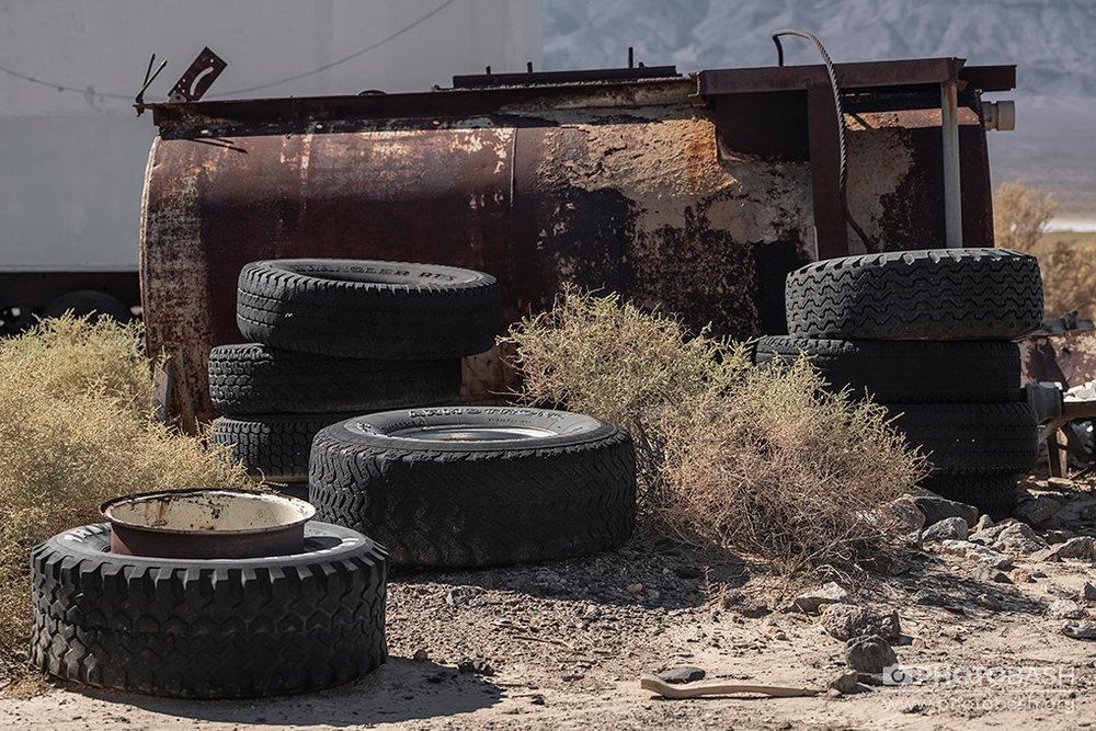 Fallout-Town-Tires-Tank.jpg