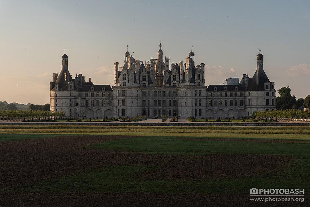 French-Castles-Loire-Chateaux-Sunrise.jpg