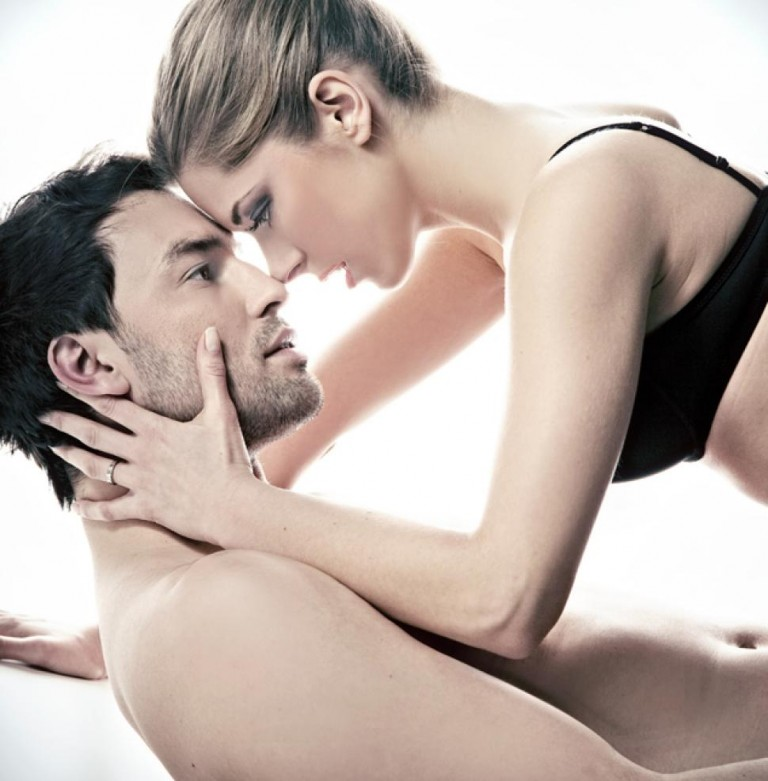 Hypnosis for sexual confidence. Hypnosis can help with issues relating to your confidence in the bedroom. Contact Stewart Therapies now for help with your sexual confidence issues.