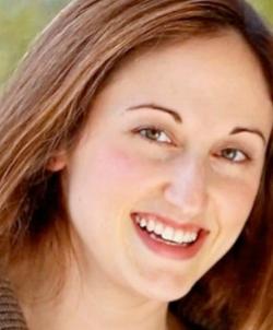 Elizabeth Lewis, A Dose of Healthy Distraction