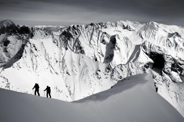 Basecamp Tafjord and Sunnmøre: Ski touring
