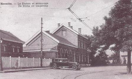 Het station van Heverlee omstreeks 1930. Prentkaart CEGAH