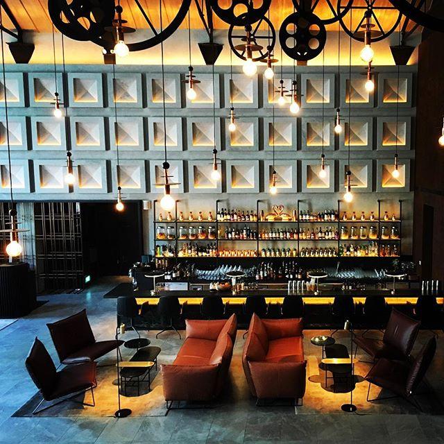 Exploring my new digs @thewarehousehotel in #singapore  #luxurytravel #luxurylifestyle @design_hotels #instatravel #designhotel #wanderlust #robertsonquay #heritage