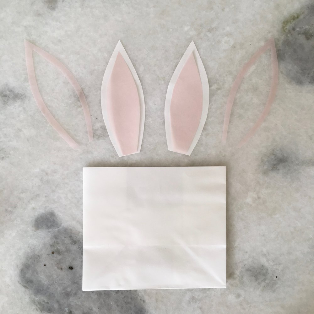 DIY Bunny Favor Bags on meethaha.com