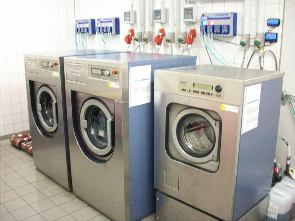 Produktsystem for profesjonell vask og forberedelse av tekstiler som brukestil renhold - Godkjent av: Robert Koch-Instituttet RKI