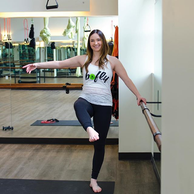 Whatcha doin tonight Cleveland? A 45 minute toning barre workout sounds like just what your Monday is missing! Join Taylor tonight at 6:00pm at Barre Fly Cleveland! #barre #fitnessmotivation #mondaymotivation #cleveland