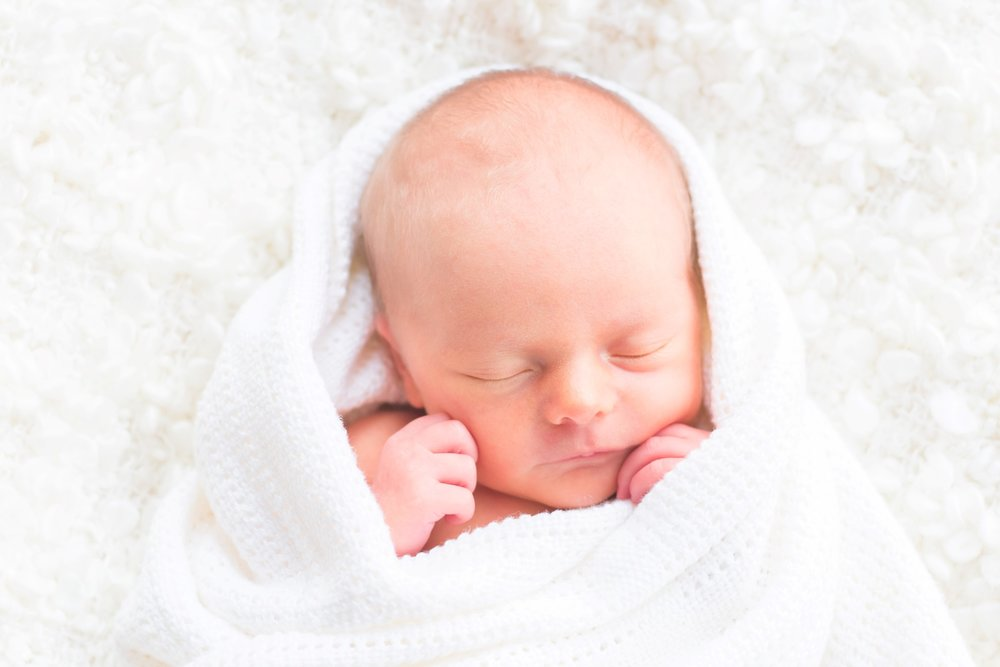 Photos by Ben. Simple, natural newborn baby photography. Crewe & Nantwich Photographer.