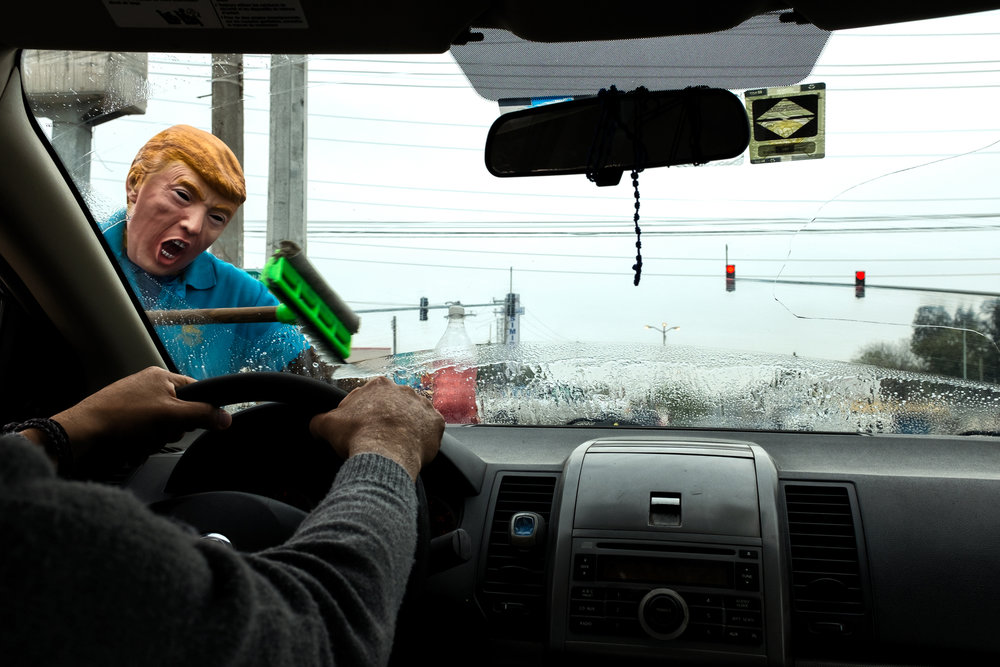 A potential trump cleaning windshields in     Reynosa, Tamaulipas